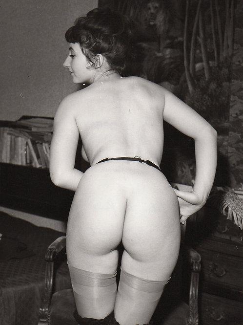 Photographie érotique Studio Bélorgey (1984). Verso ...