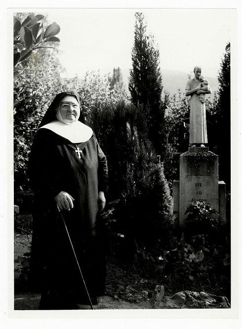 Photographie d'époque vers 1940 Orphelinat du Sacré-Coeur Le Poët-Laval Drôme 1