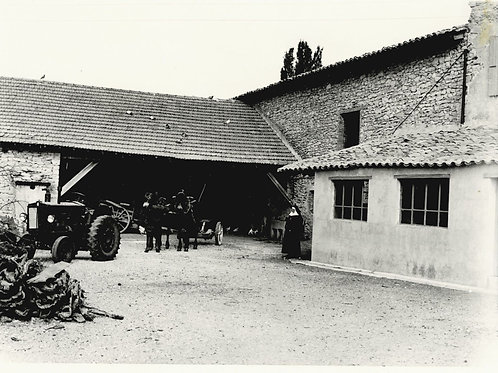 Photographie d'époque vers 1940 Orphelinat du Sacré-Coeur Le Poët-Laval Drôme 13