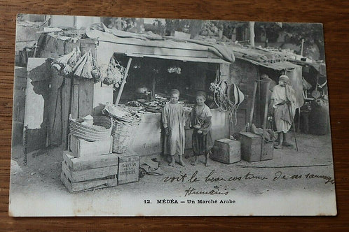 CPA Médéa Un Marché arabe Algérie Afrique courrier de 1920