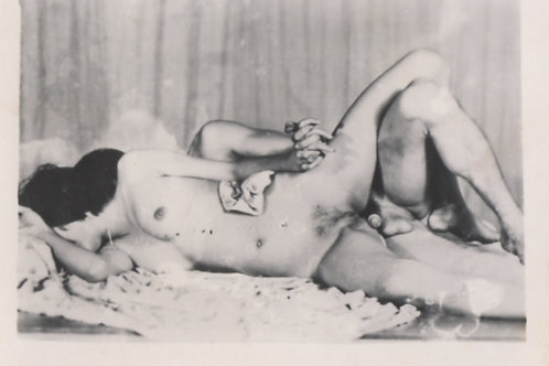Photographie originale amateur érotique (vers 1970). Ref. 397