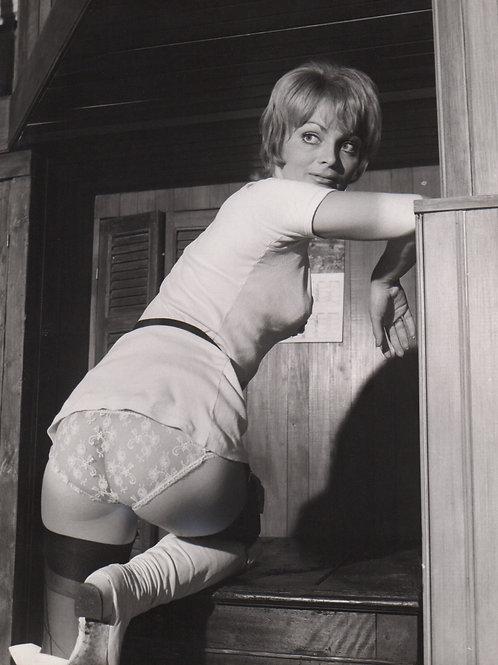 Photographie érotique attribuée à Hubert Toyot (vers 1975). Blond Power ...