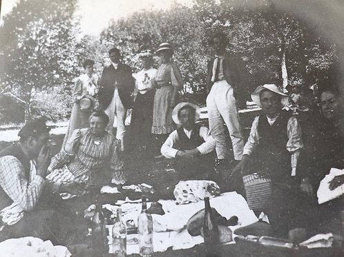 Photographie ancienne 1905 Repas champêtre Bois Ste Baume Provence Var