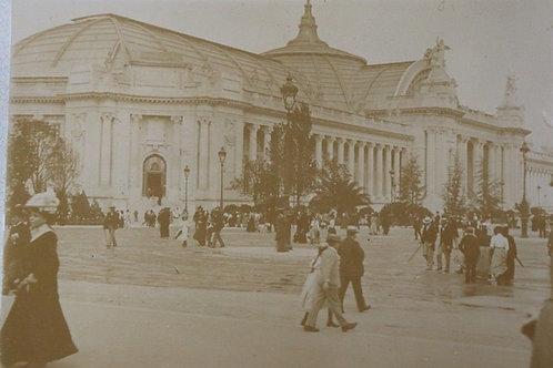 Paris 1900 Photographie ancienne Exposition Universelle Grand Palais scène rue