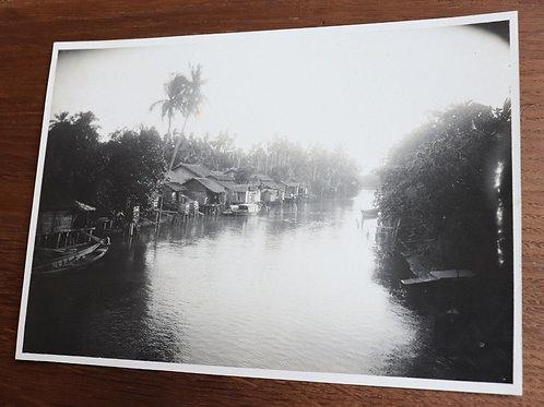 Photographie ancienne 1937 Viêt Nam Vinh Long Rach Fleuve Mékong 22 x 17 cm