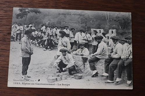 CPA chasseurs Alpins au Cantonnement La soupe Montagne 1907