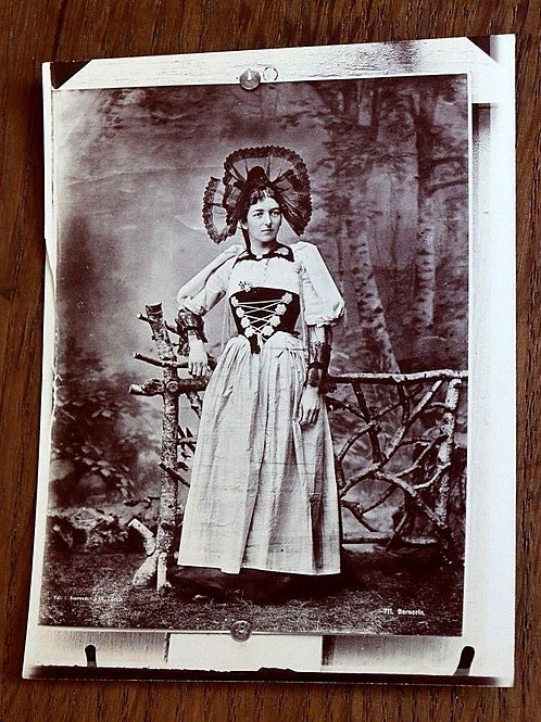 Photographie ancienne 1900 Femme Costume traditionnel Suisse