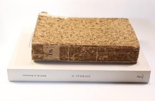 Deux informations à propos d'un exemplaire broché des Contemporaines de Restif de la Bretonne.