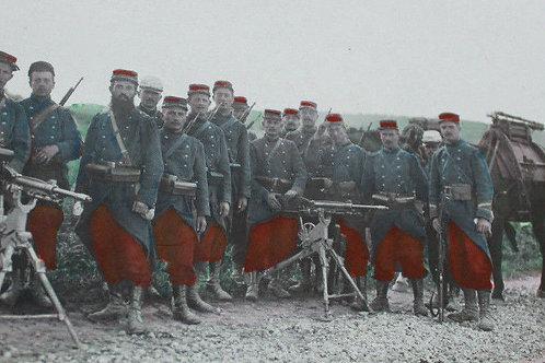 CPA photo poilus guerre 1914 1918 mitrailleurs courrier d'un soldat Montluçon