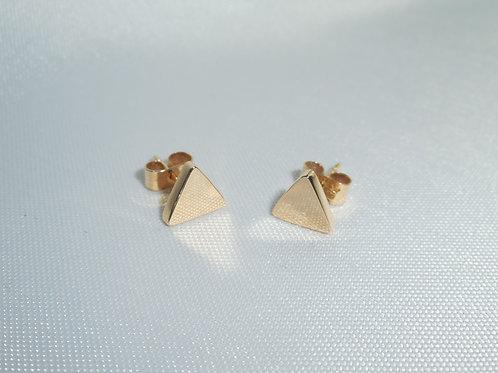 Aretes de oro 18k  triángulo