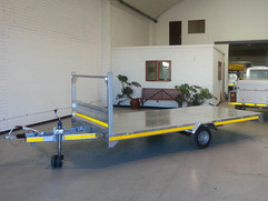 Custom-Flatbed-Commercial-trailer-1.jpg