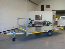 Custom-Flatbed-Commercial-trailer-1.jpg