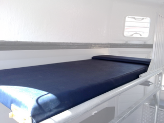 Groom Bed