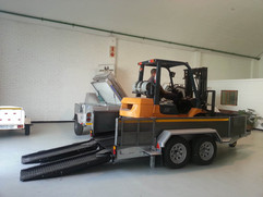 Custom-Forklift-trailer.jpg