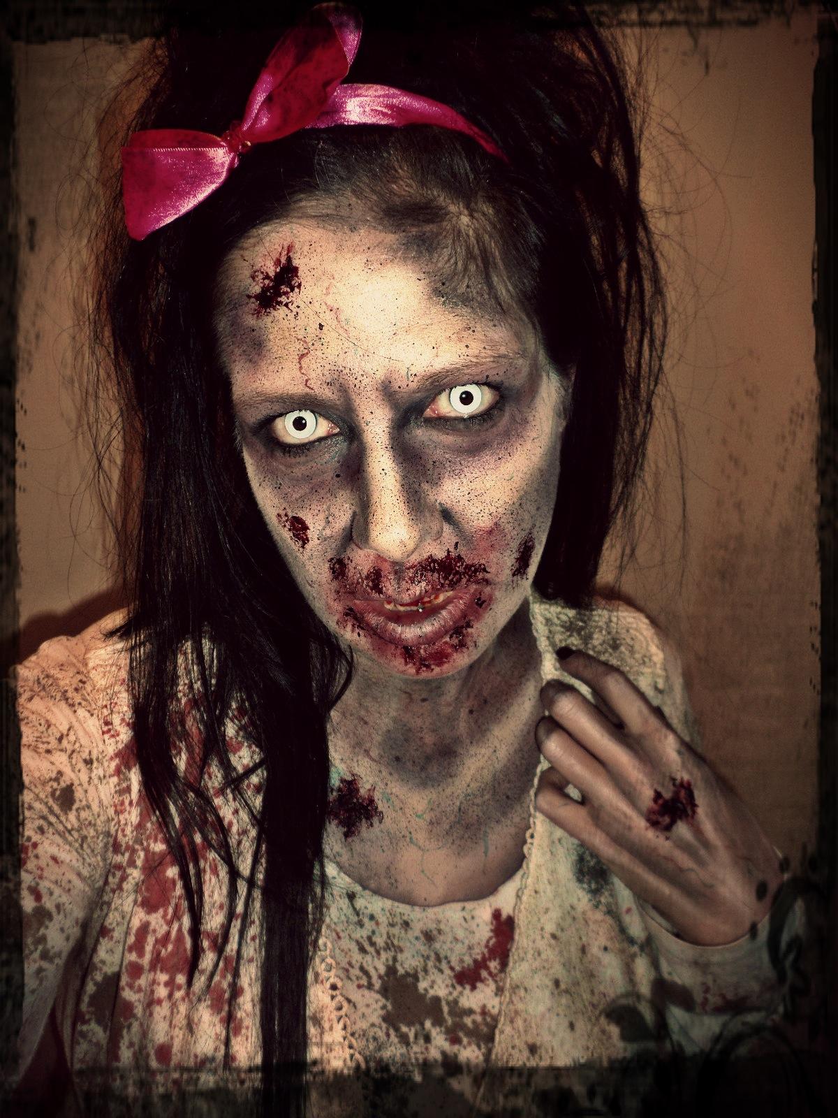 Jacquie Lantern - Zombie Decay