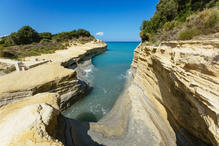 canal-damour-beach-near-sidari-corfu-gre