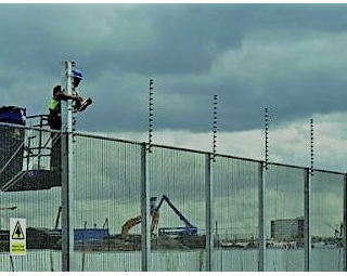 london-2012-security-fence-installation