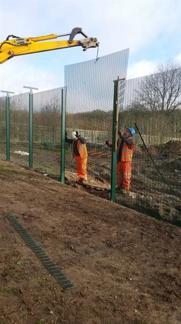 commercial-fence-installation-circa-cont