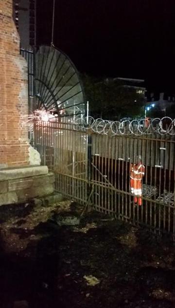 security-fence-installation.jpg
