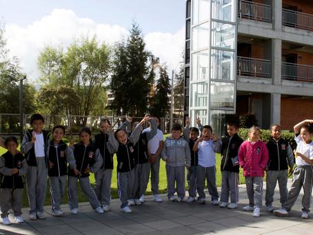 Los pequeñines del Colegio Laura Vicuña llegan a disfrutar del Bicentenario en la Fundación