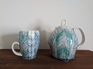 Teapot and Mug