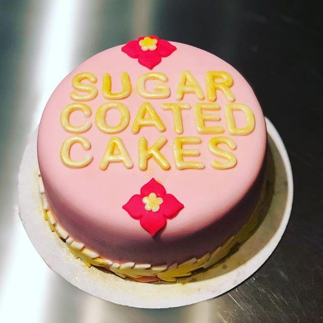 #sugarcoatedcakesla 🌸👩🏾🍳 (strawberr