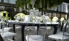 Renta Silla Chanel Transparente