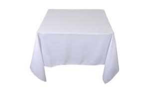 mesa cuadrada con mantel