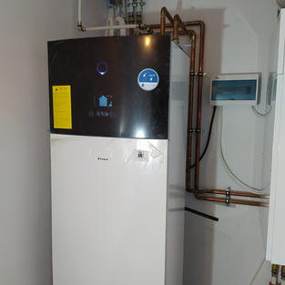 PC pow-woda Daikin Altherma 3 /8kW