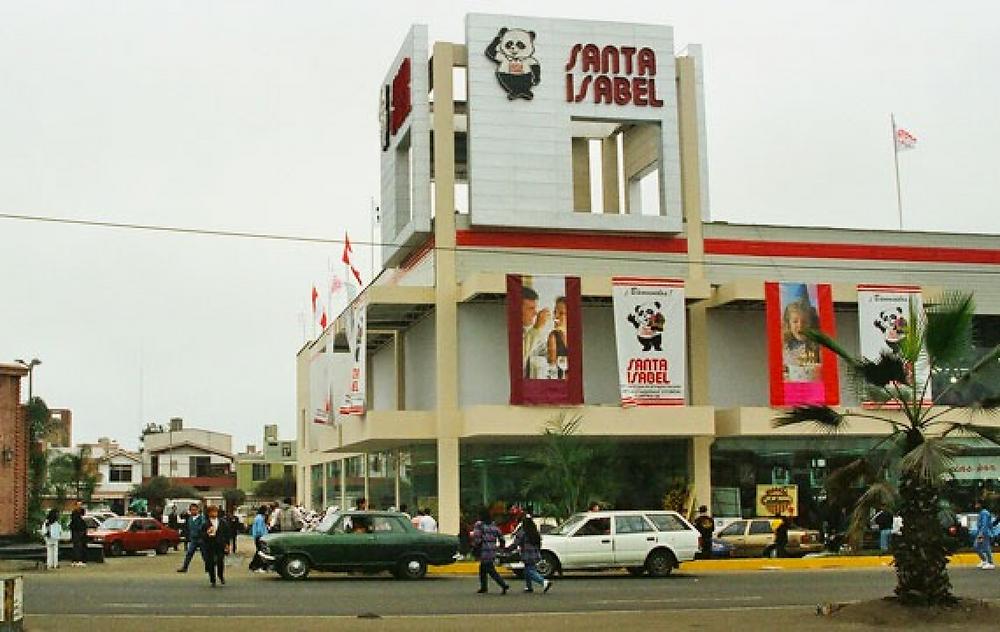 SUpermercado Santa Isabel en San Miguel, Lima, Perú