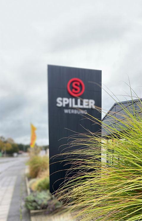 Spiller_Pylon-edit.jpg