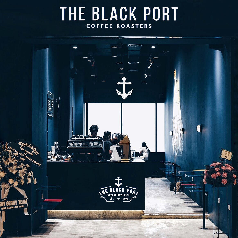 The Black Port 01