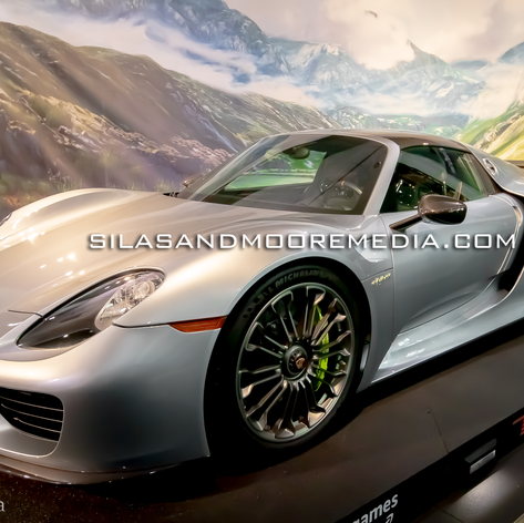 porche1watermark.png
