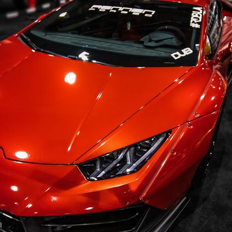 LA Autoshow 2018 lambored.jpg