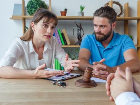 連帯保証人になっている社長であれば知っておかなければいけない「免責的債務引受」とは?