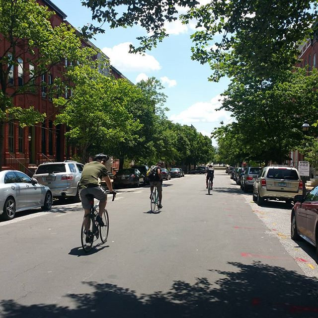 Balt.City & Neighborhood Tour (Level 3+)