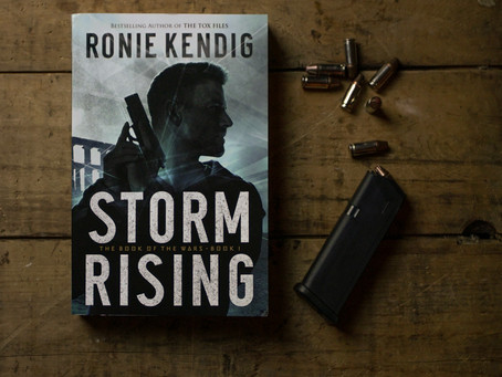 Storm Rising: The Book of the Wars 1 | Book Review