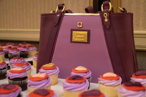 purse cake.jpg