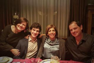 Avec mon fils Charles, l'ancienne Présidente de l'APCE, Stella Kyriakides, et mon mari Spyros