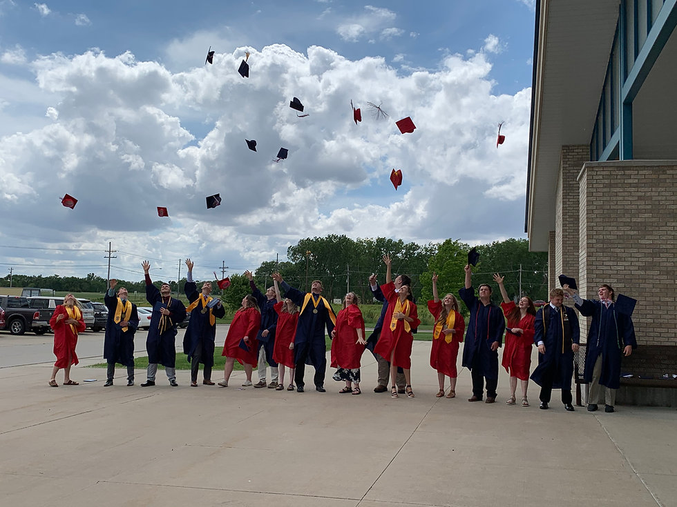 HLHS Grad 2021 (31).JPG