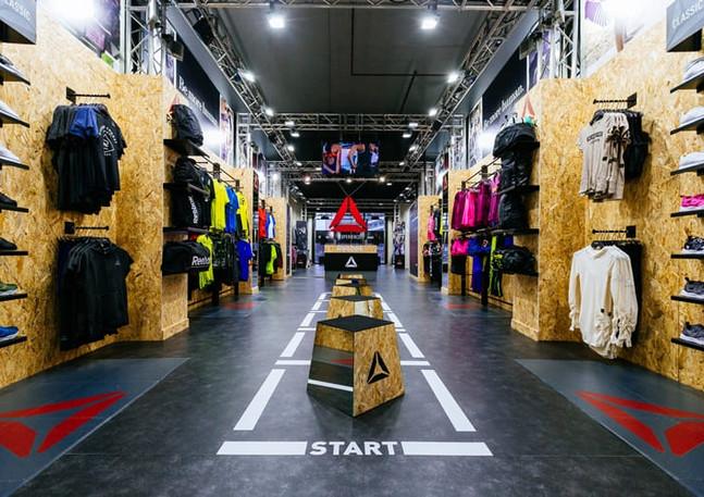 Allestimento GLSAdvice Temporary store Reebok Milano Piazza Gae Aulenti