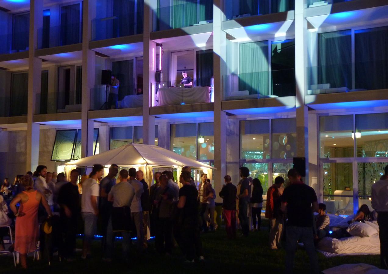 GLSAdvice_ Progettazione, allestimento e organizzazione Reebok Rimini Wellness_Party coDJ Set Motel Connection