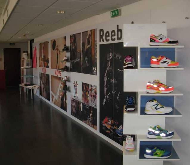 Allestimento GLSAdvice Show Room Reebok Agrate 1.j