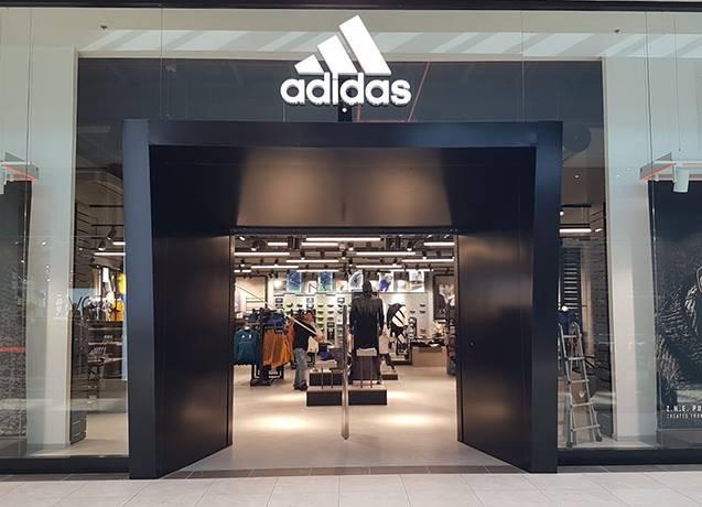 GLSAdvice Allestimento Store Adidas Arese Milano