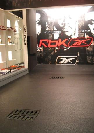 Allestimento GLSAdvice Stand Personalizzato Reebok 100 mq_Pitti Immagine Uomo_Firenze