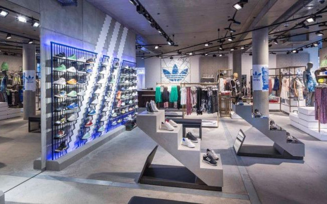 GLSAdvice Allestimento Store Adidas CityLife-Shopping-District