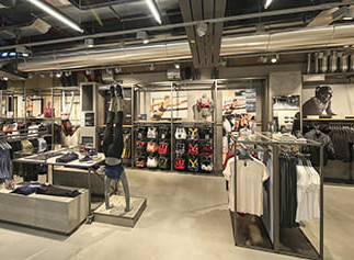 Allestimento GLSAdvice Store Adidas Milano Corso Vittorio Emanuele