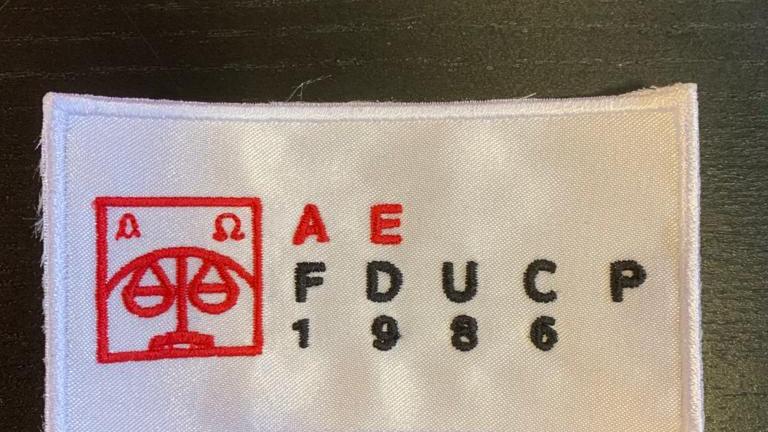 Emblema Capas