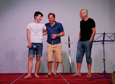 Adrian Nagel mit Vater und Sohn