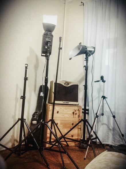 ШОРТЫ: Для оборудования домашней фотостудии в комнате пришлось переставить всю мебель